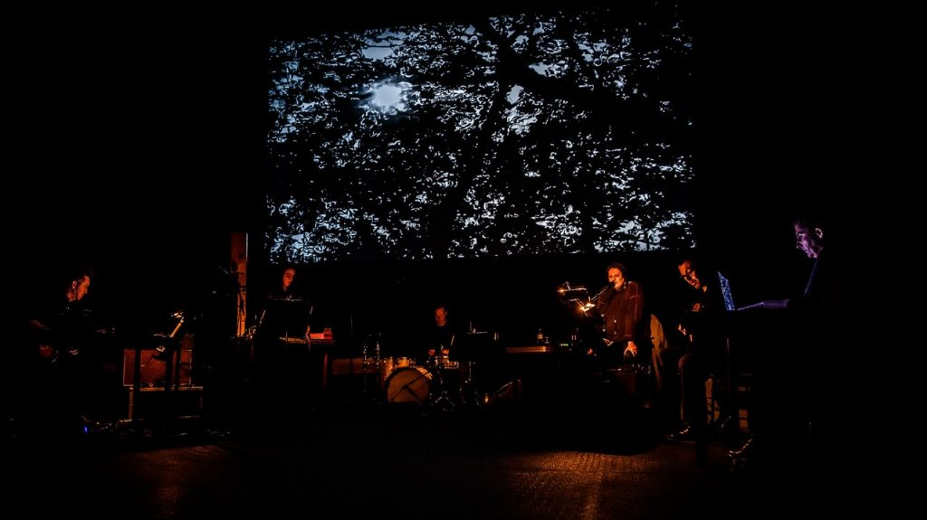 black seas ensemble performs at omago dei festival in krems, audiovisual research into auditory hallucinations,  michaela grill